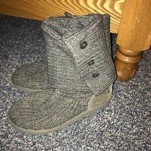 Grey knit uggs!